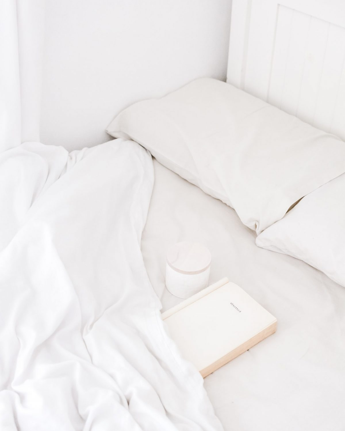 white-bed-book